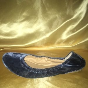 Lucky Brand Suede Flats 9/10 Condition SZ 9.5 Med